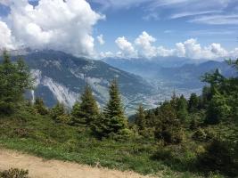 Blick von der Mutta-Hochebene ins Rheintal